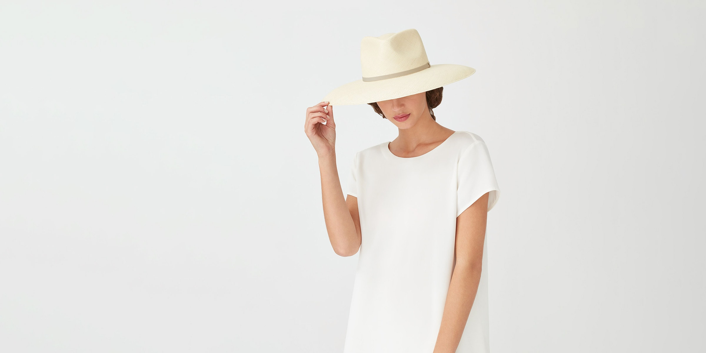 from-poolside-to-picnics:-the-best-hats-for-sun-worshippers