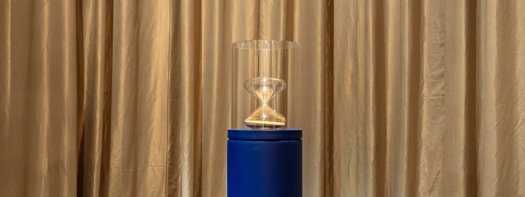 the-remarkable-journey-of-the-hourglass-by-marc-newson