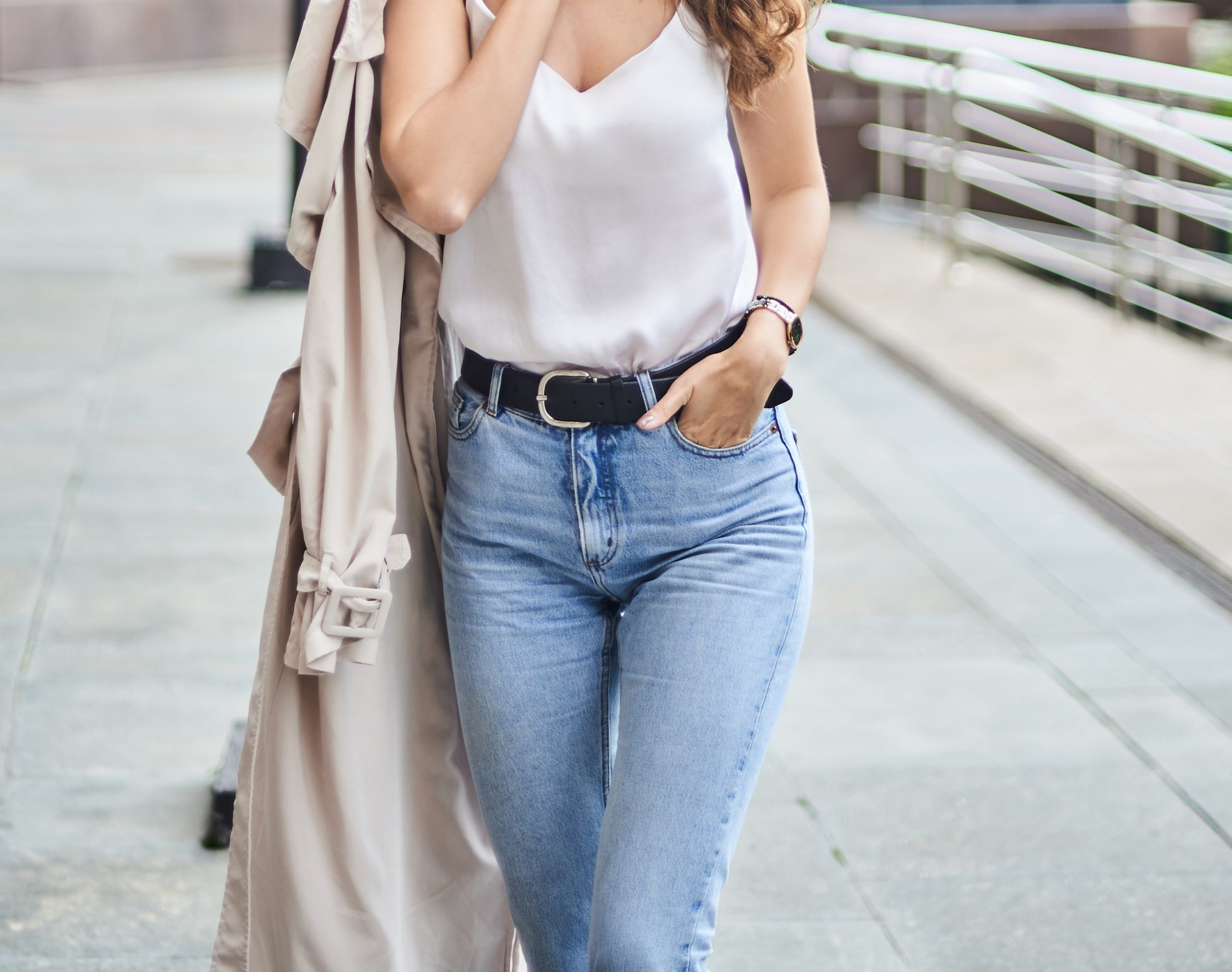 how-to-choose-the-perfect-jeans,-according-to-your-body-type