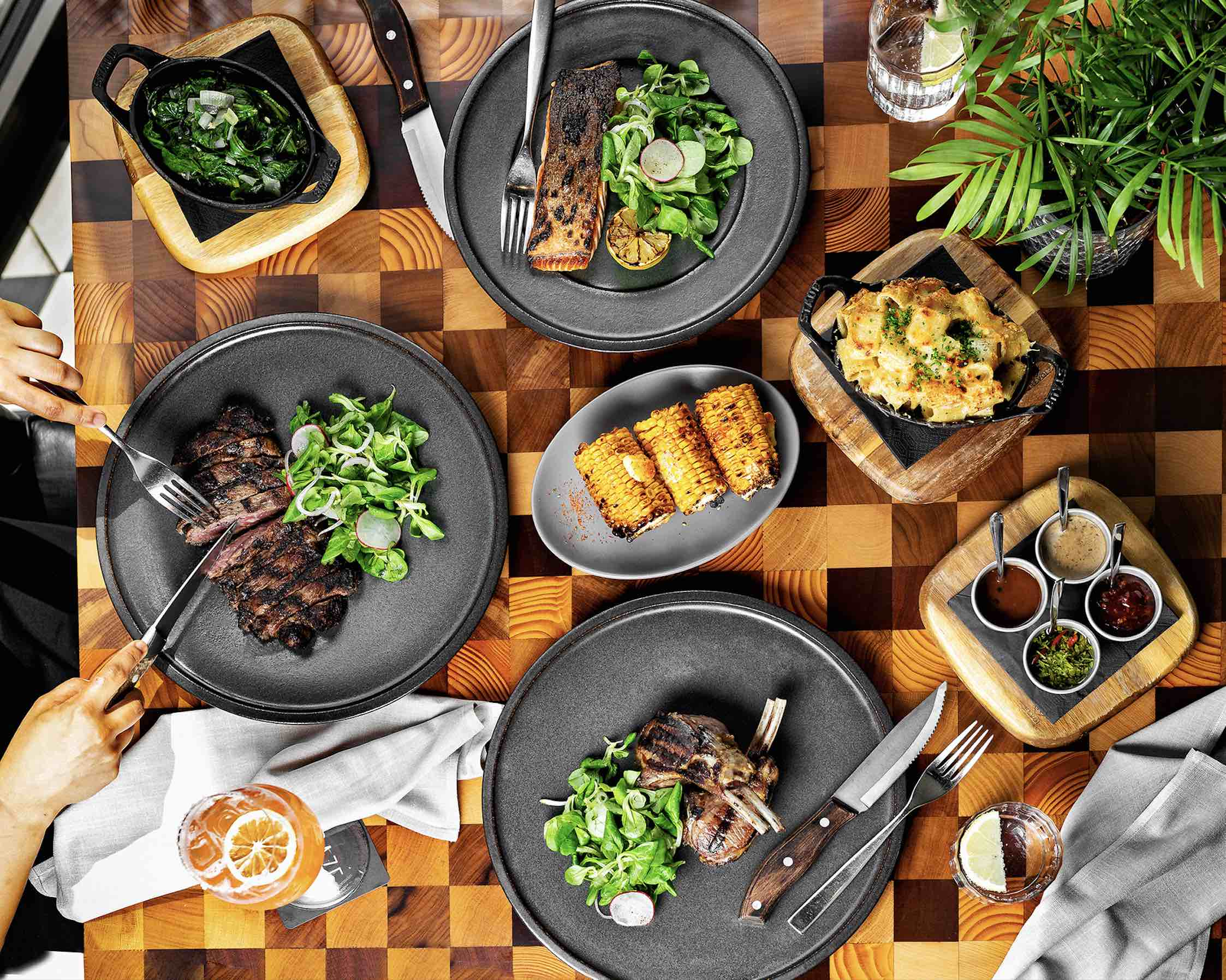 gather-your-friends-for-a-fun-and-relaxed-gourmet-brunch-at-city-walk's-urban-steakhouse