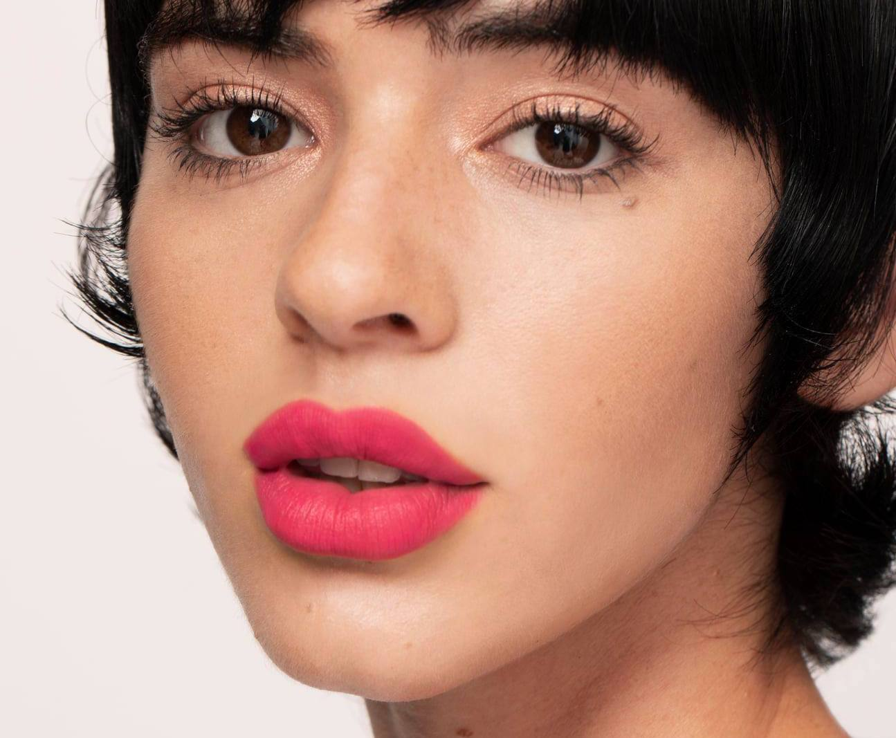 5-cult-lip-liners-everybody-needs-to-own-(and-8-tips-on-how-to-use-them)