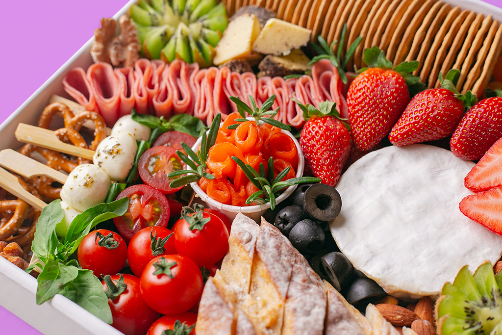 how-to-curate-the-perfect-grazing-platter-according-to-splatter