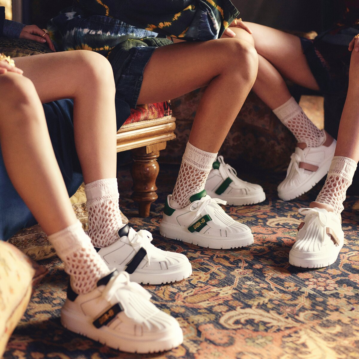 fabulous,-funky,-and-fresh:-it's-all-about-chunky-sneakers